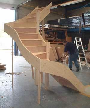 Winder Staircases / winder4.jpg Double turn winder stair